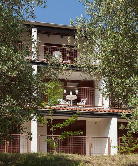 Apartments Unija + Apartments Unija big resort close to the beach