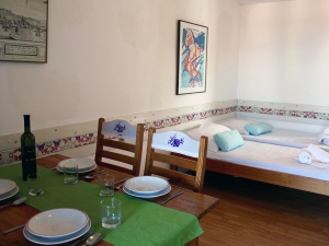 ladonja-four-bed-apartment-gallery-05
