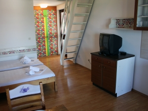 ladonja-four-bed-apartment-gallery-07