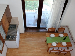 ladonja-four-bed-apartment-gallery-12
