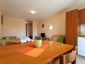 ulika-five-bed-apartment-gallery-02